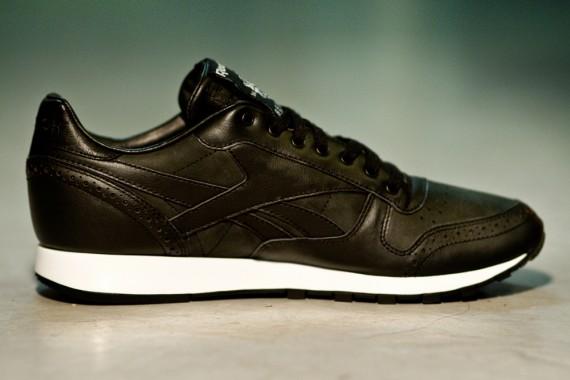 salong-betong-reebok-classic-leather-pumpmylife-02
