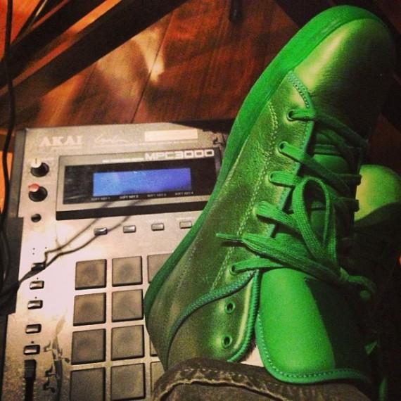 tyga-reebok-t-rawws-green-pumpmylife-01