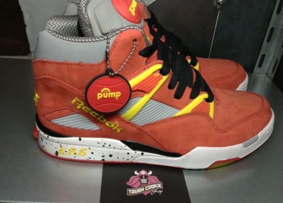 Reebok-pump-omni-lite-zone-packershoes-gremlins-SNS-classic-leather-pumpmylife-016