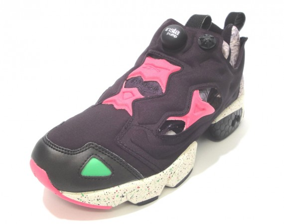 reebok-insta-pump-fury-black-magenta-pumpmylife-02