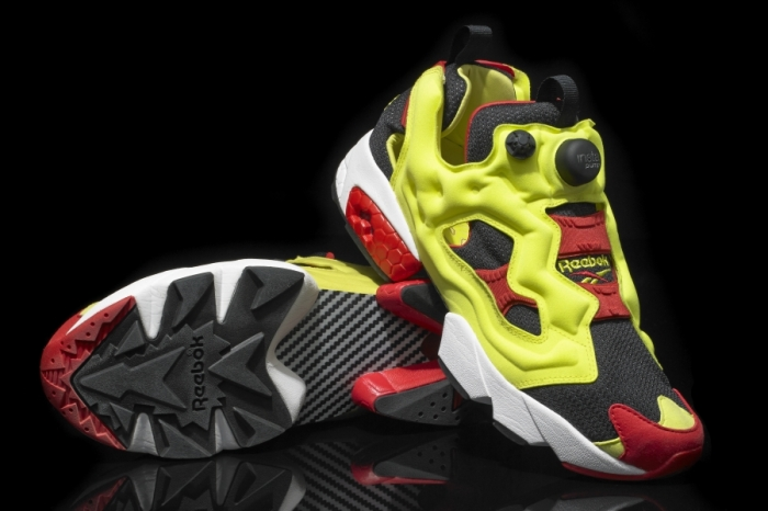 reebok-insta-pump-fury-black-hypergreen-red-09