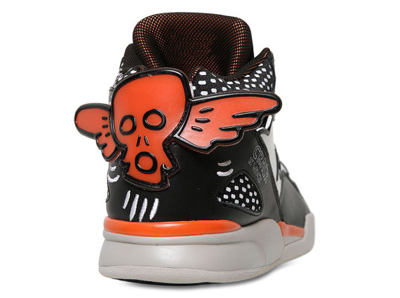 keith-haring-x-reebok-pump-omni-lite-crack-is-wack-04-570x425