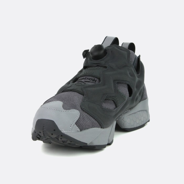 instapump-fury-cord-gravel-black-flat-grey (2)